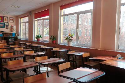 Президент выделил средства накапремонт школы вАлгайском районе