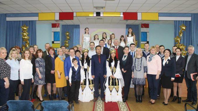 В медико-биологическом лицее Саратова 22 апреля прошло очередное заседание общественного совета при министерстве образования Саратовской области