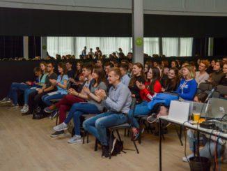 Новые стандарты проведения событий студенческого творчества разработали на Деловой программе фестиваля «Маёвка. Объединяя студенчество»